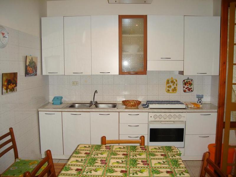 Separate kitchen Location Apartment 45215 Acireale