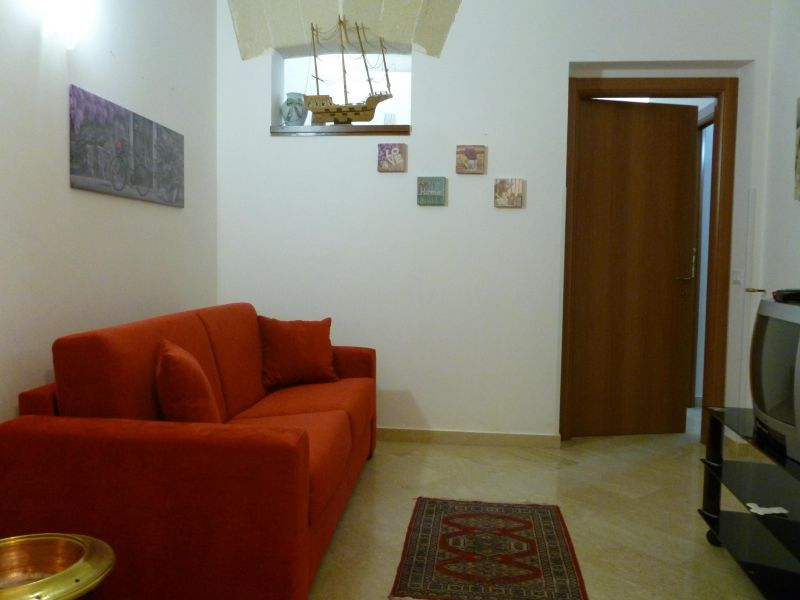 Location House 45733 Trapani
