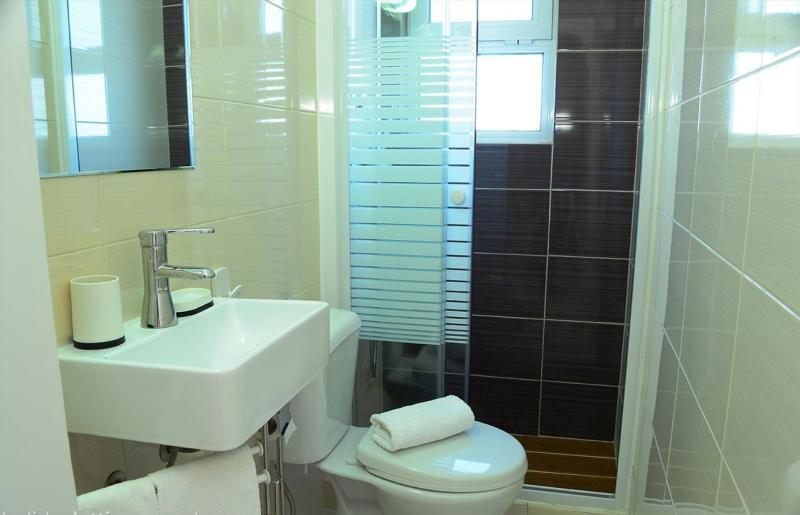 bathroom 2 Location Apartment 46539 Carvoeiro