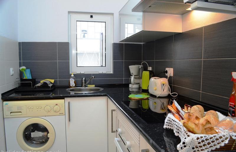 Kitchenette Location Apartment 46539 Carvoeiro