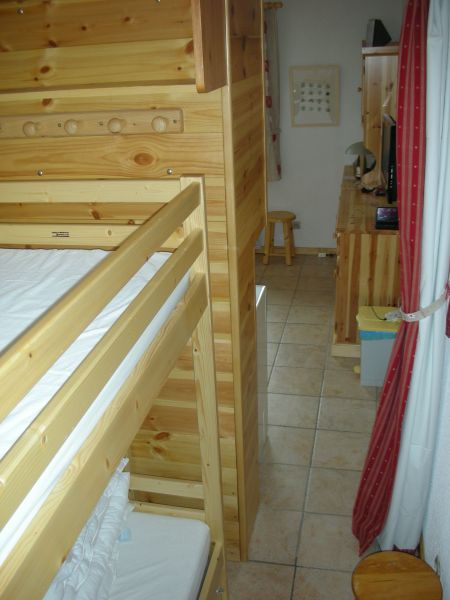 Open sleeping nook Location One-room apartment 474 Bonneval sur Arc