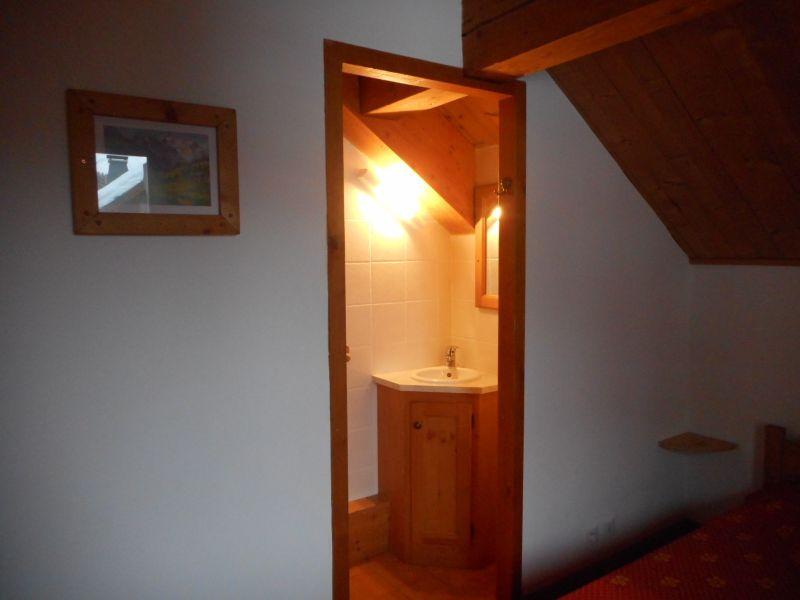 Half bath Location Apartment 4841 Oz en Oisans