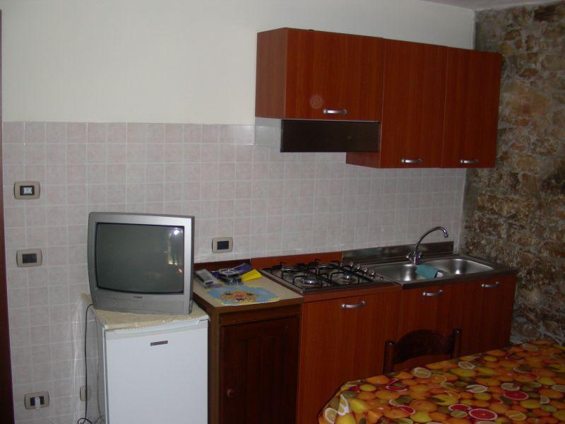 Separate kitchen Location Apartment 48572 Velo Veronese