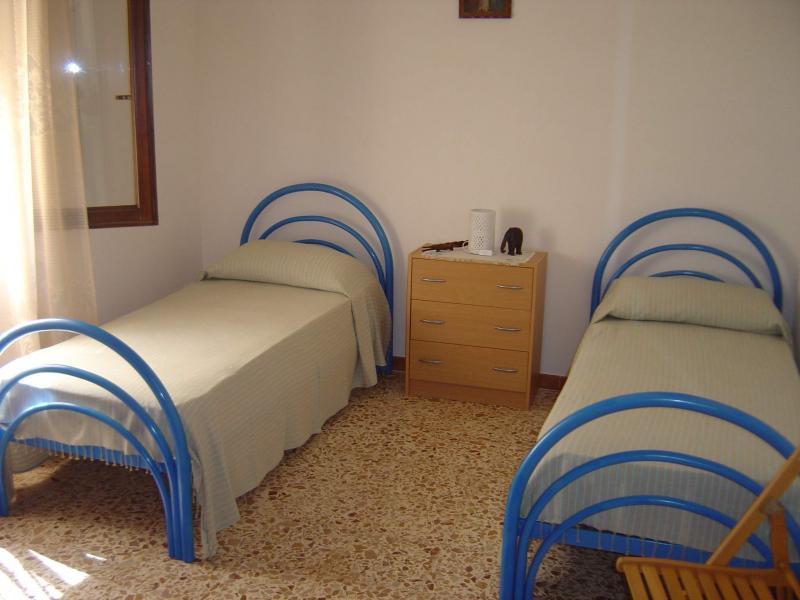 bedroom 2 Location House 49021 Tre Fontane