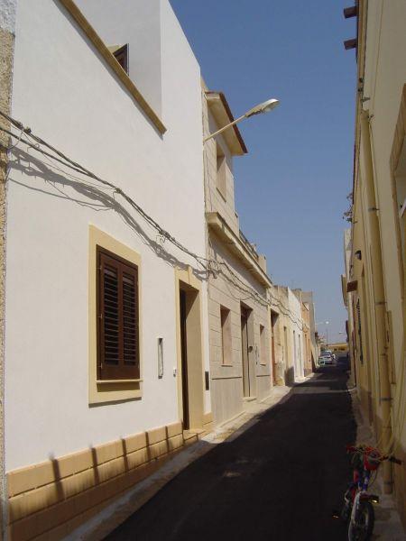 Hall Location House 49021 Tre Fontane