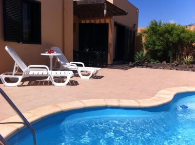 Swimming pool Location Villa 51807 Corralejo