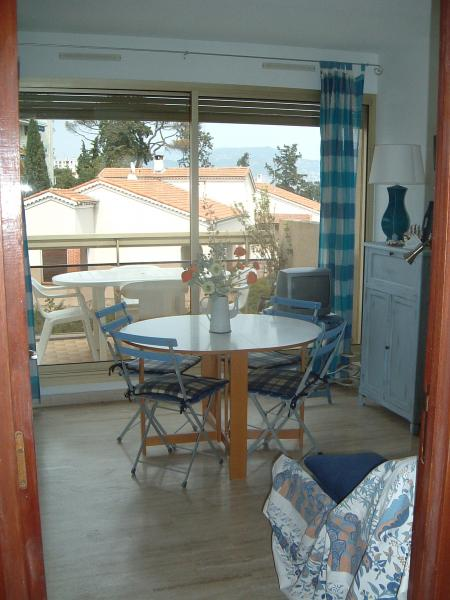 Living room Location Apartment 52742 Nice