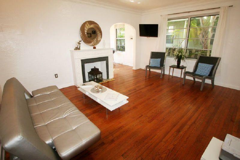 Location Apartment 5334 South Beach