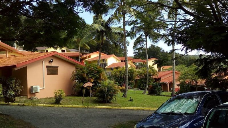 View of the property from outside Location One-room apartment 54186 Sainte Anne (Martinique)
