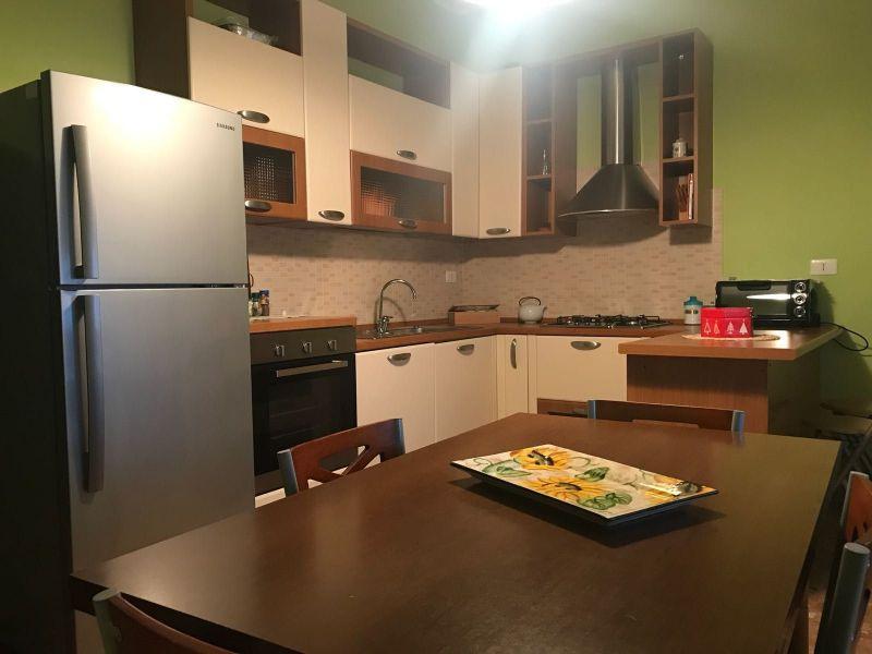 Separate kitchen Location Villa 54190 Avola