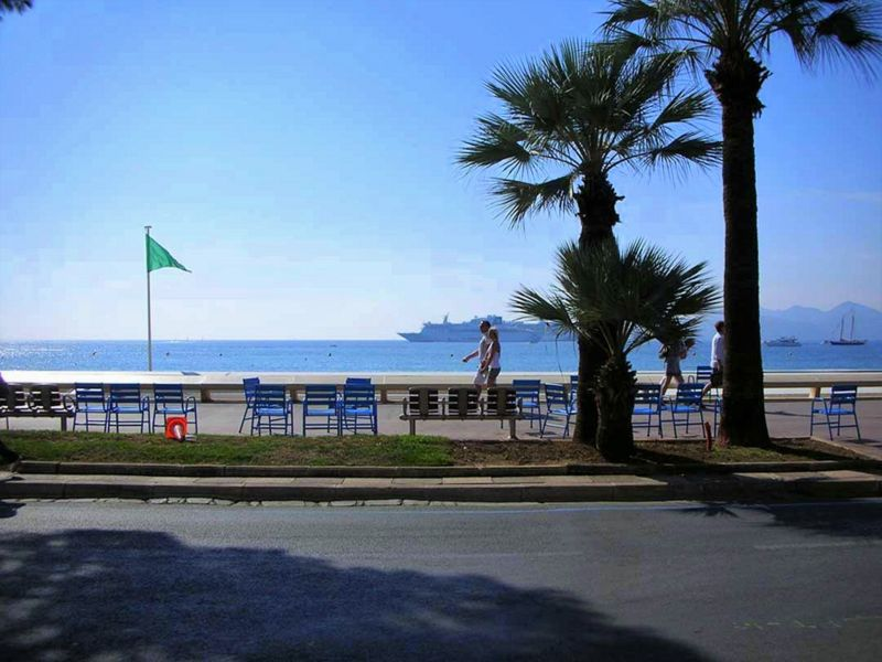 View of the property from outside Location Apartment 5501 Cannes