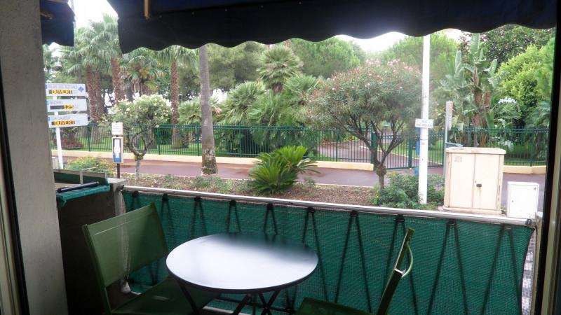 Balcony Location Apartment 5542 Cannes
