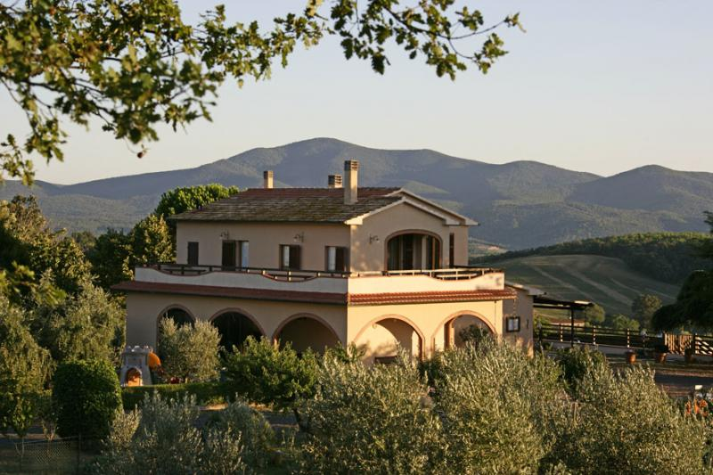 View of the property from outside Location Villa 55549 Roccastrada