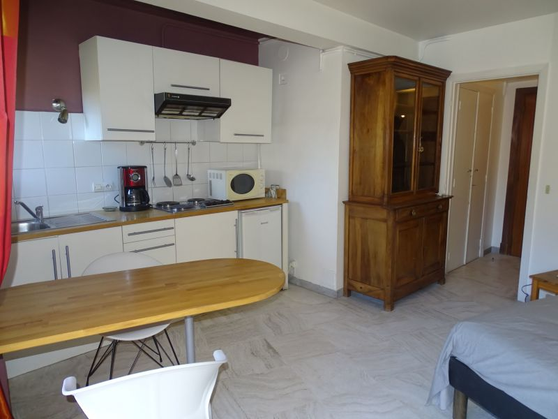 Location One-room apartment 57974 Cannes