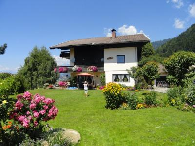 View of the property from outside Location Apartment 59295 Millstatt