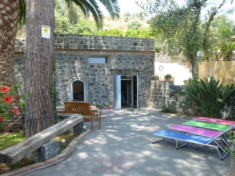 Hall Location Villa 59421 Catania