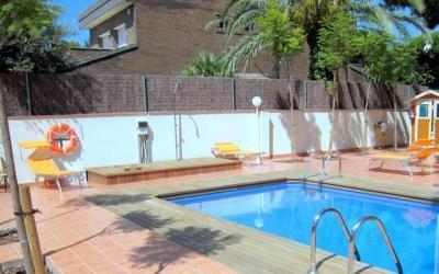 Swimming pool Location Apartment 59696 Casteldefels