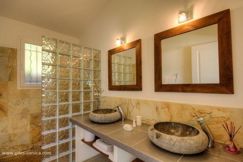 Half bath 1 Location Villa 59939 Porto Vecchio
