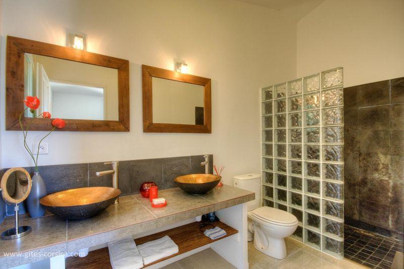 Half bath 2 Location Villa 59939 Porto Vecchio