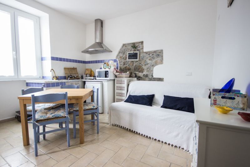 Location Apartment 59988 Ameglia