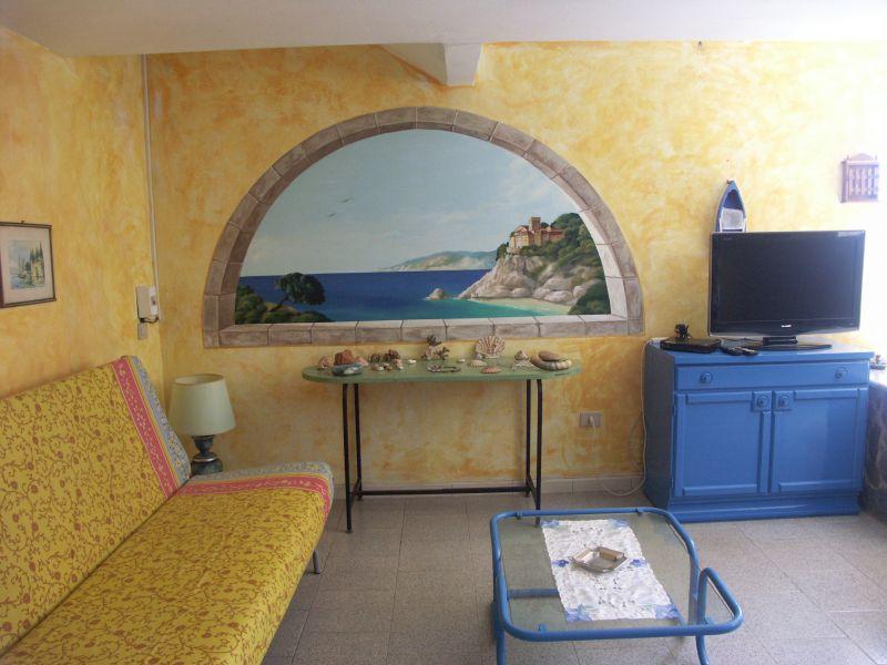 Dining room Location Apartment 60610 Stintino