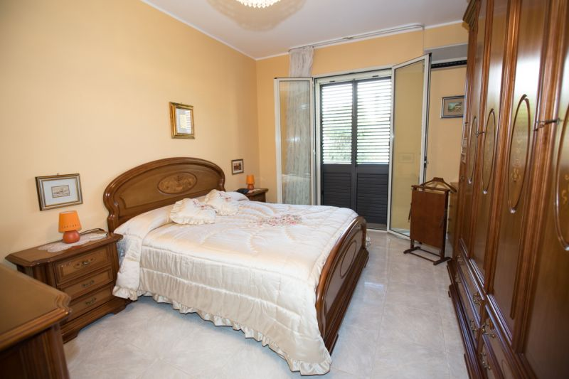 bedroom Location Apartment 61098 Avola