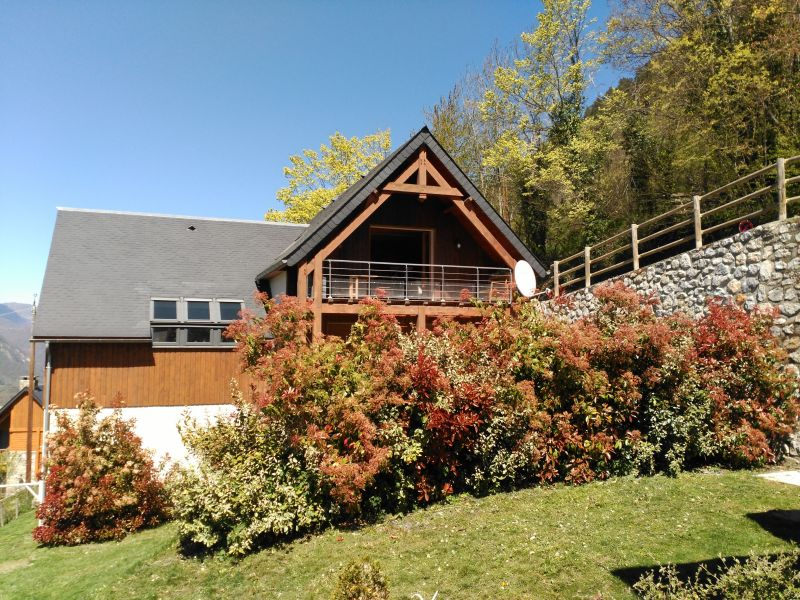 View of the property from outside Location Vacation rental 61378 Saint Lary Soulan