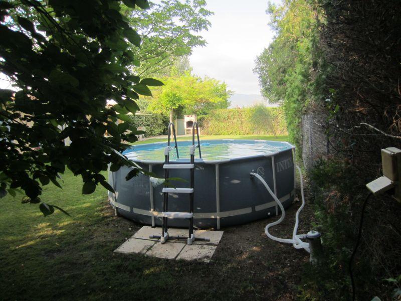 Swimming pool Location Vacation rental 61578 Isle sur la Sorgue