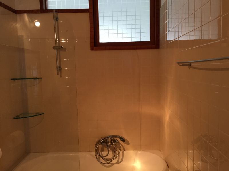 bathroom 1 Location Apartment 61861 Polignano a Mare