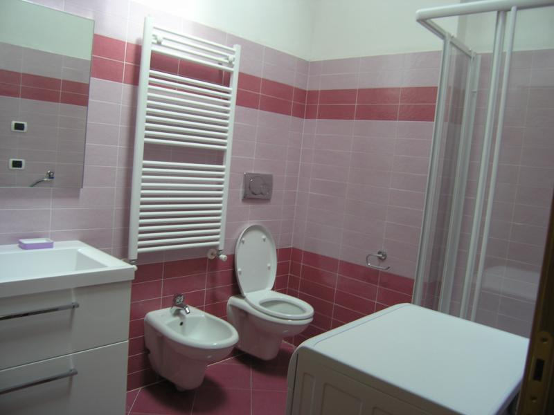 bathroom Location Apartment 62369 Malè