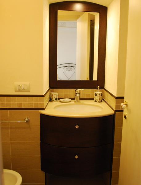 bathroom Location Apartment 63427 Polignano a Mare
