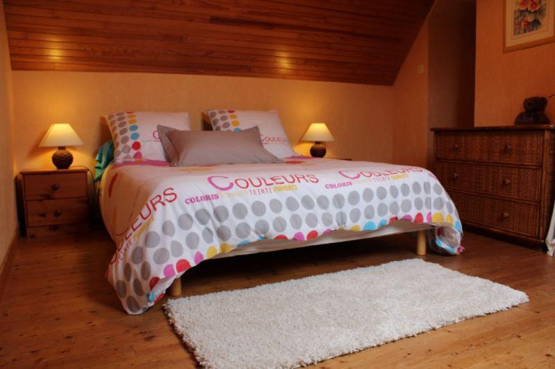 bedroom 1 Location House 7405 Roscoff