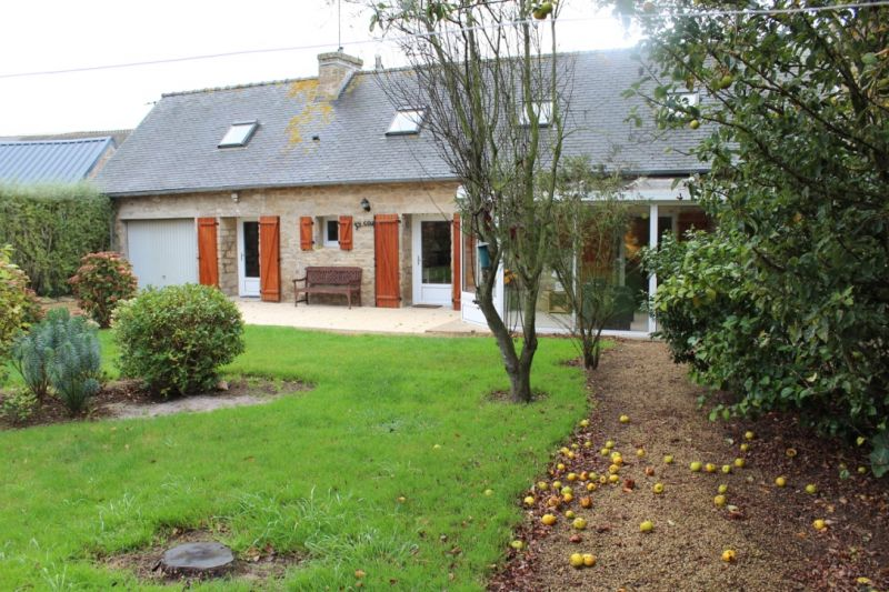 View of the property from outside Location House 7405 Roscoff