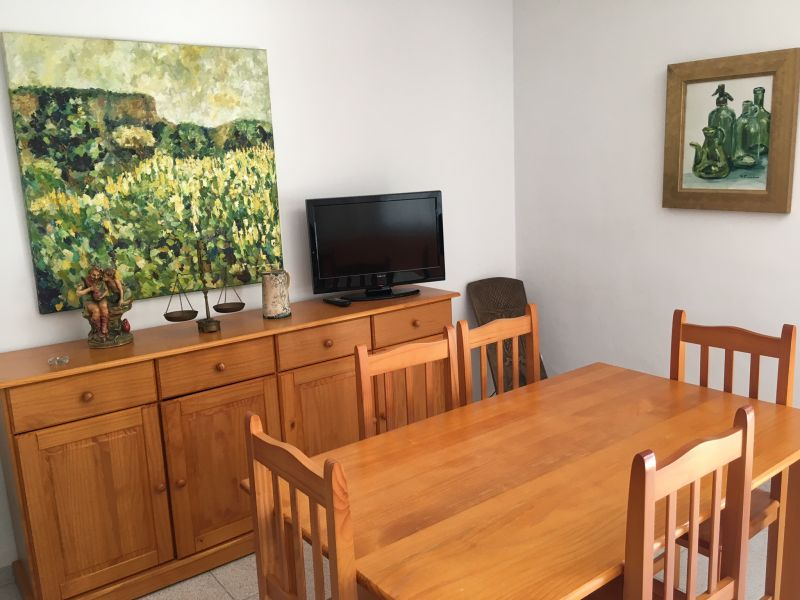 Dining room Location Apartment 8176 Tarragona