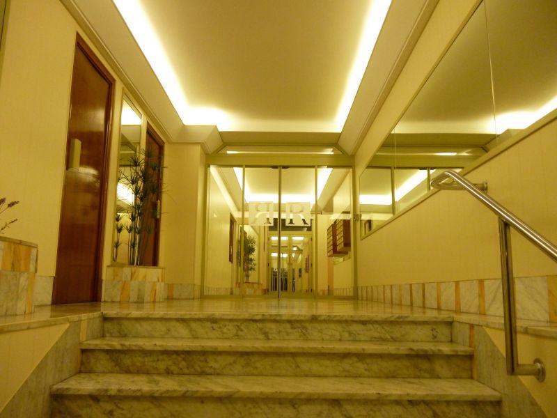 Hall Location Apartment 8341 Nice