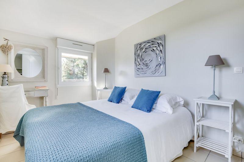 bedroom 1 Location Villa 9368 Cap Ferret