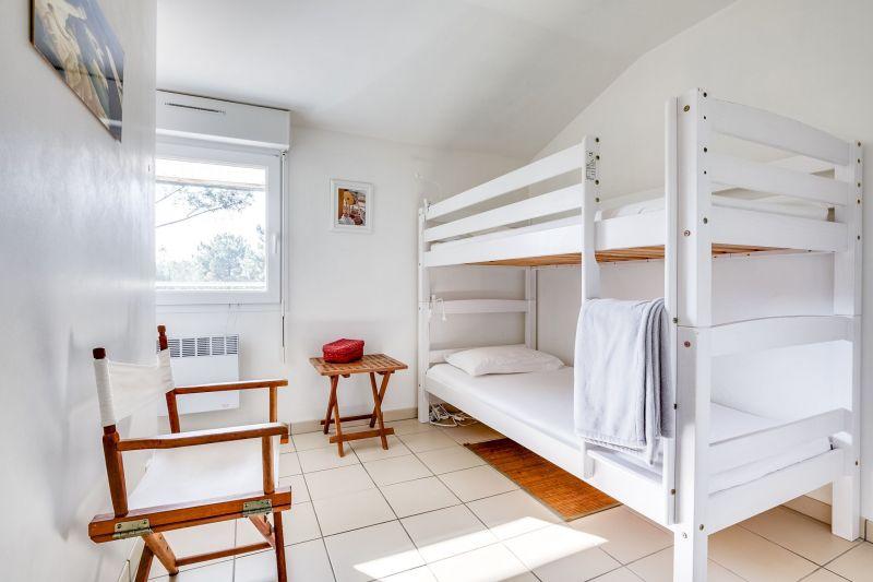 bedroom 3 Location Villa 9368 Cap Ferret