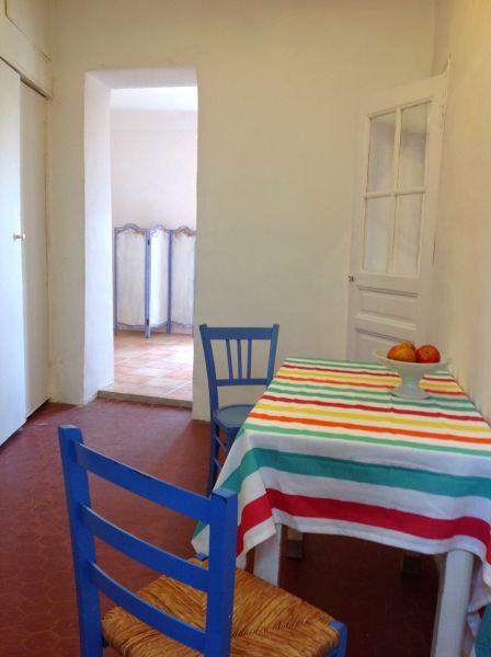 Separate kitchen Location Apartment 101676 Marseille
