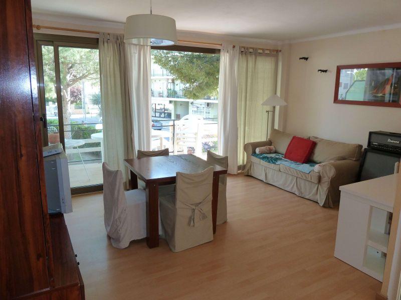 Living room Location Apartment 102240 Cunit