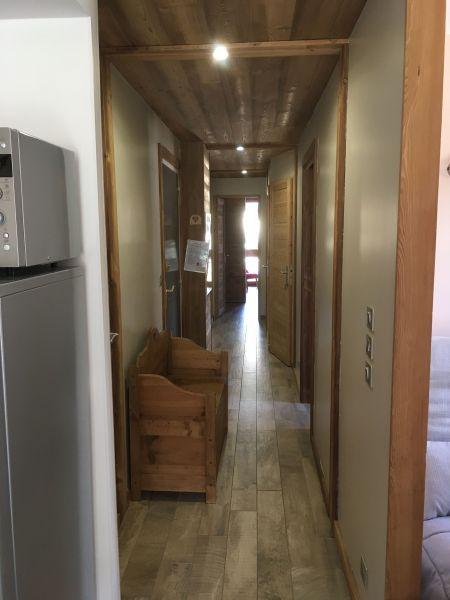 Corridor Location Apartment 103673 Risoul 1850