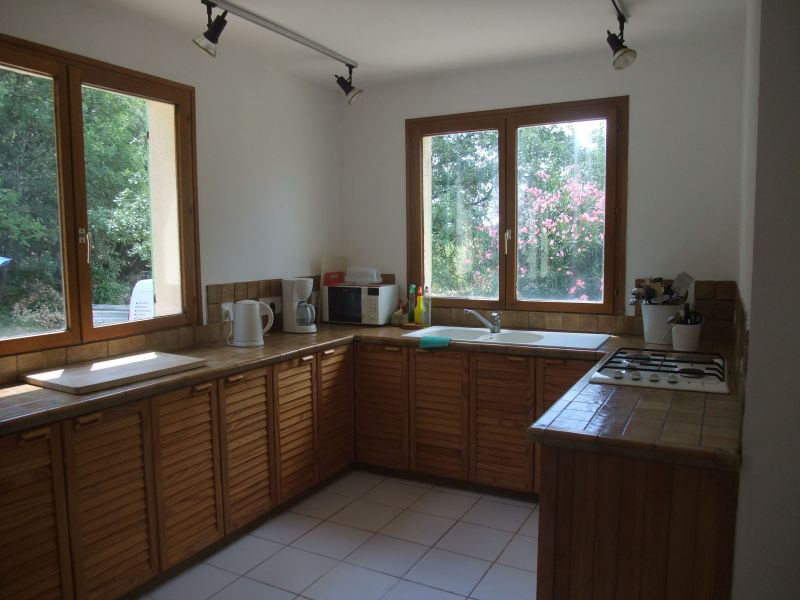 Separate kitchen Location Villa 103766 Anduze