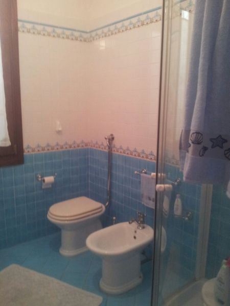 bathroom 1 Location Villa 105374 Mazara del Vallo