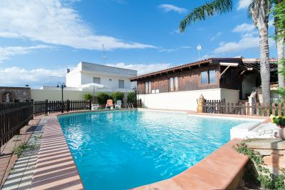 View of the property from outside Location Villa 107776 Marina di Mancaversa