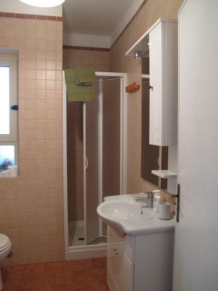 bathroom Location Apartment 108280 Otranto