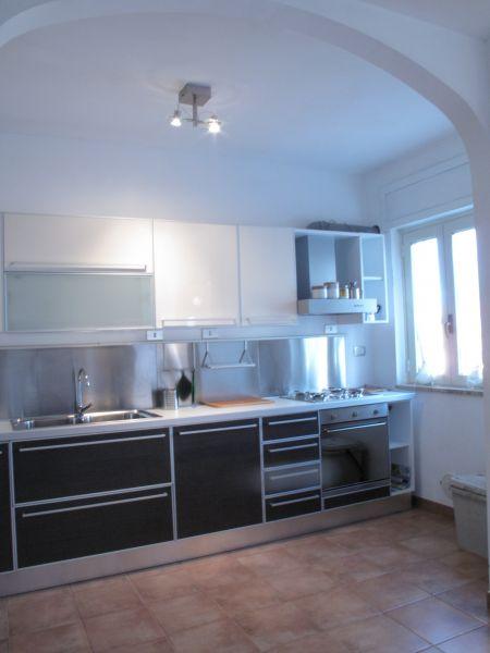 Open-plan kitchen Location Apartment 108280 Otranto