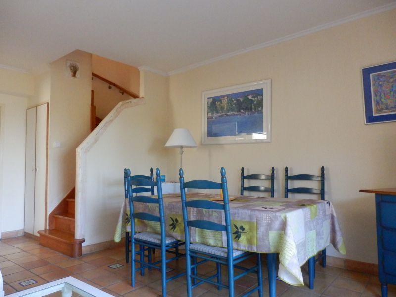 Living room 1 Location Villa 110052 Agay