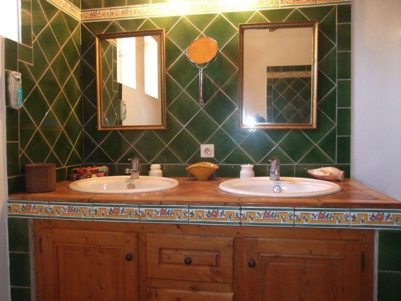 bathroom Location House 112732 Saint Rémy de Provence