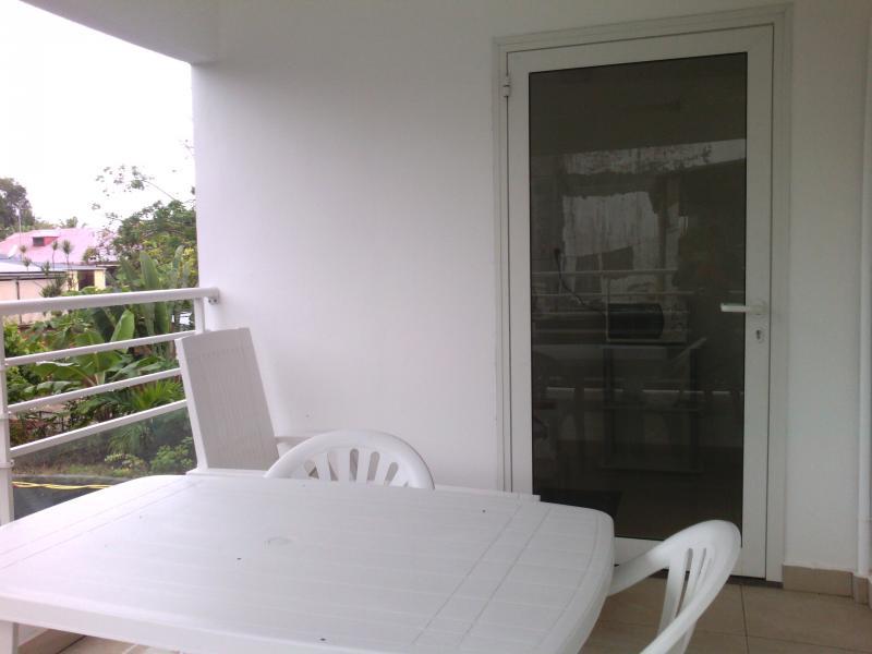 Terrace Location One-room apartment 74882 Port Louis