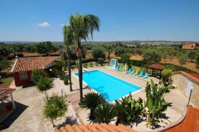 Swimming pool Location Villa 74929 Syracuse