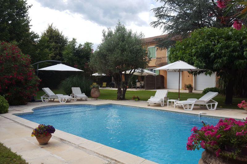 Location Apartment 93434 Saint Tropez